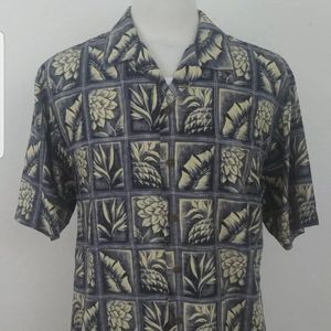 Tommy Bahama Mens Medium Hawaiian Camp Shirt